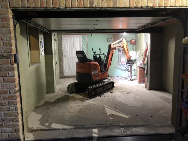 Vernieuwing garagevloer in gepolierd beton