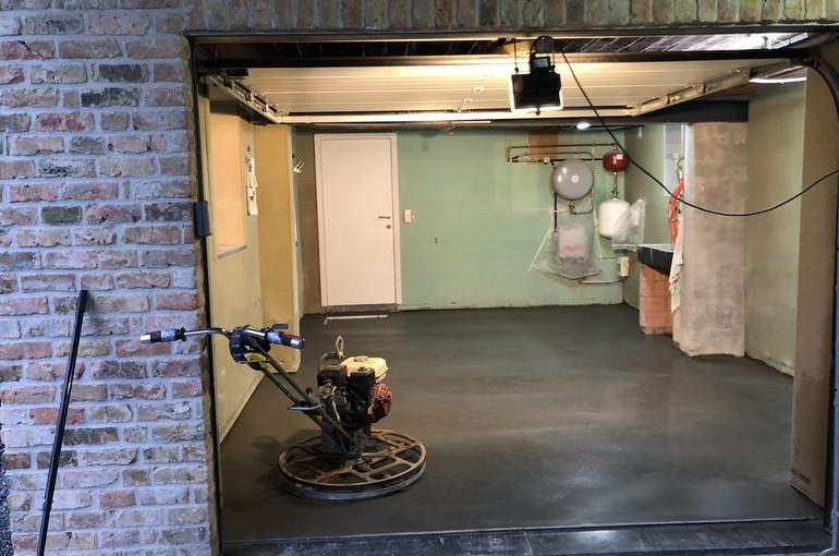 Vernieuwing garagevloer in gepolierd beton 7