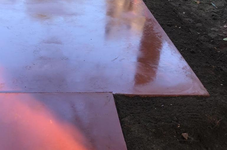 Rode gepolierde betonvloer 34