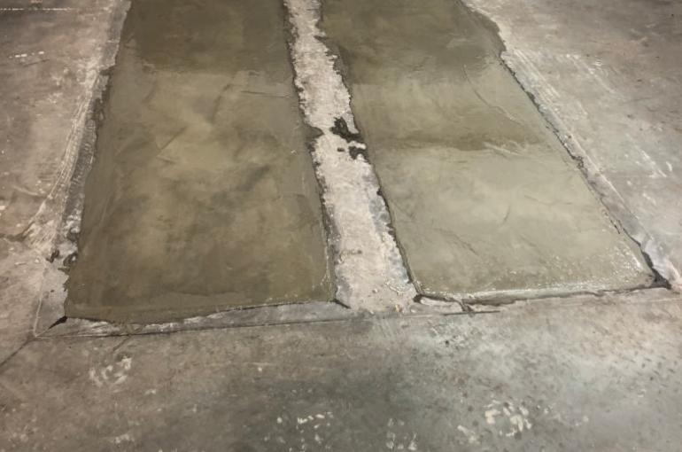Herstelling van bestaande betonvloer in garage 8
