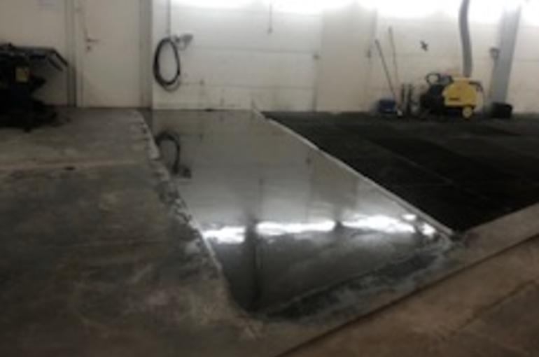 Herstelling van bestaande betonvloer in garage 2
