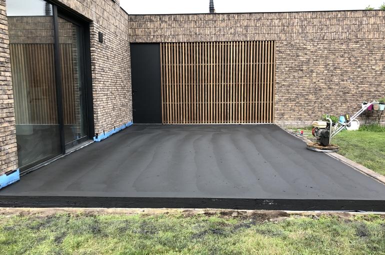 Zwart gepolierd terras 3